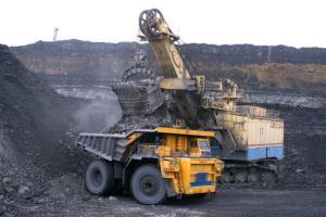 【钢铁市场直击】铁矿石高利润周期来袭!中国需求强劲摆脱唐山生产限制 供不应求巴西进口矿价创新高行情
